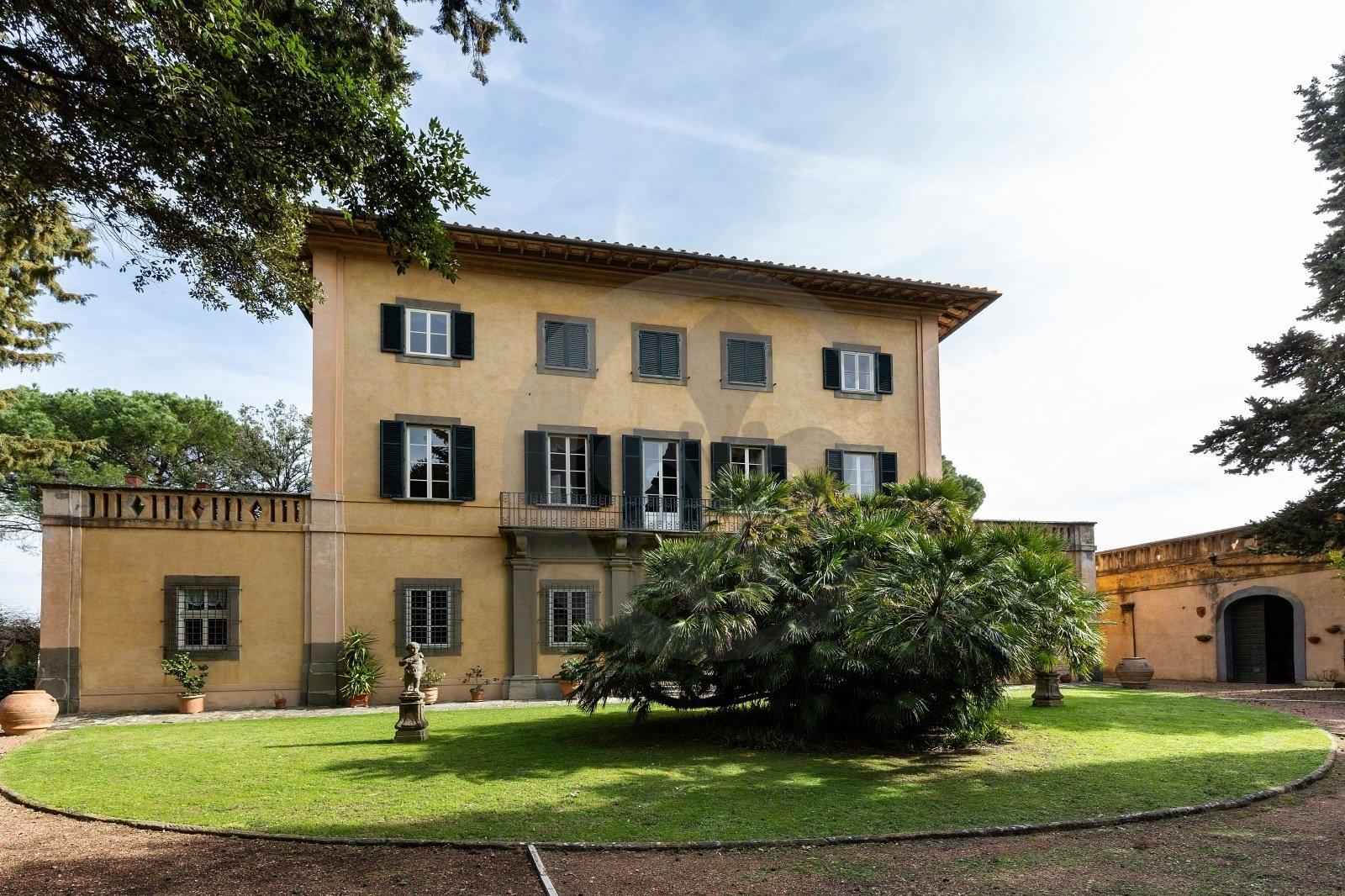 Villa in Usigliano, Tuscany, Italy 1