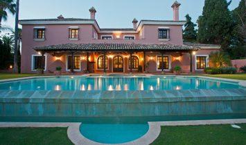 Villa in Marbella, Andalusien, Spanien 1