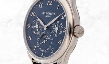 Patek Philippe Grand Complications Perpetual Calendar 5327G