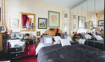 Apartment Paris 15: Charles Michels / Javel
