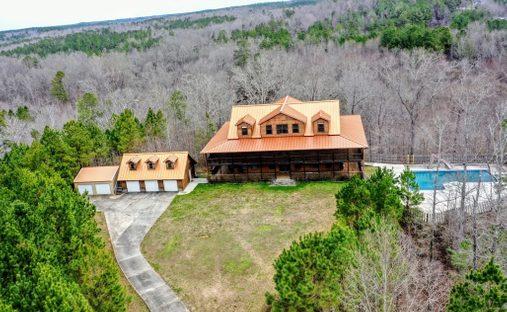 House in Heflin, Alabama, United States