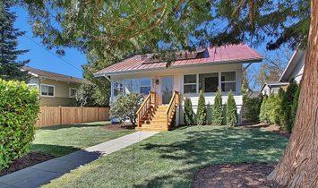 House in Seattle, Washington, United States 1