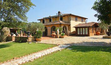 Villa in Panicale, Umbria, Italy 1