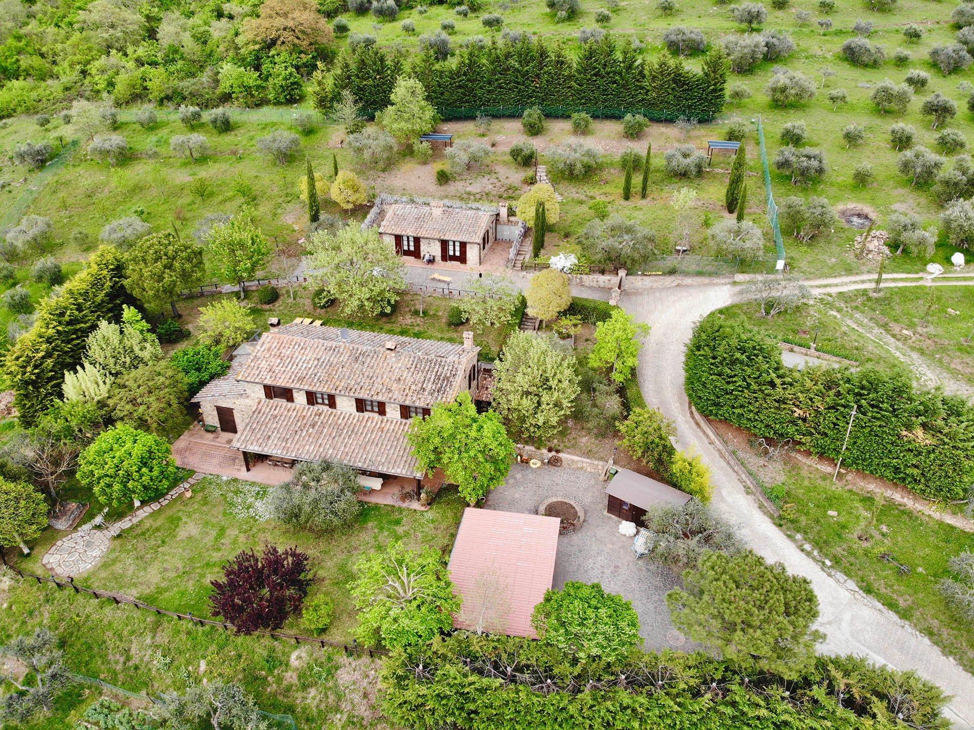 House in Passignano sul Trasimeno, Umbria, Italy 1