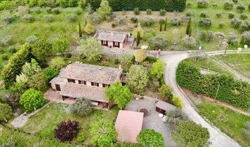 House in Passignano sul Trasimeno, Umbria, Italy