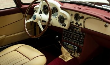 1961 Aston Martin DB4 rwd