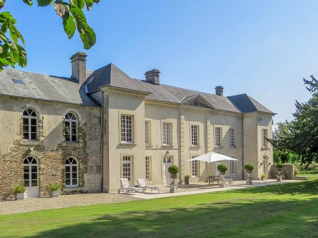 Chateau in Balleroy-sur-Drôme, Normandy, France 1