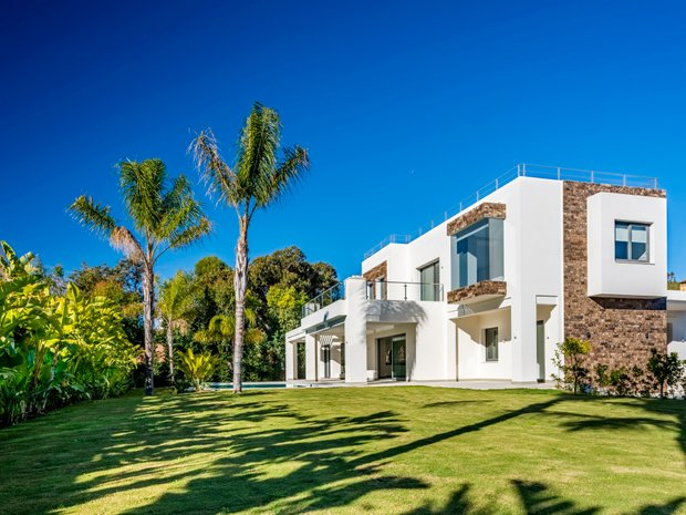 Villa in Estepona, Andalusia, Spain 1