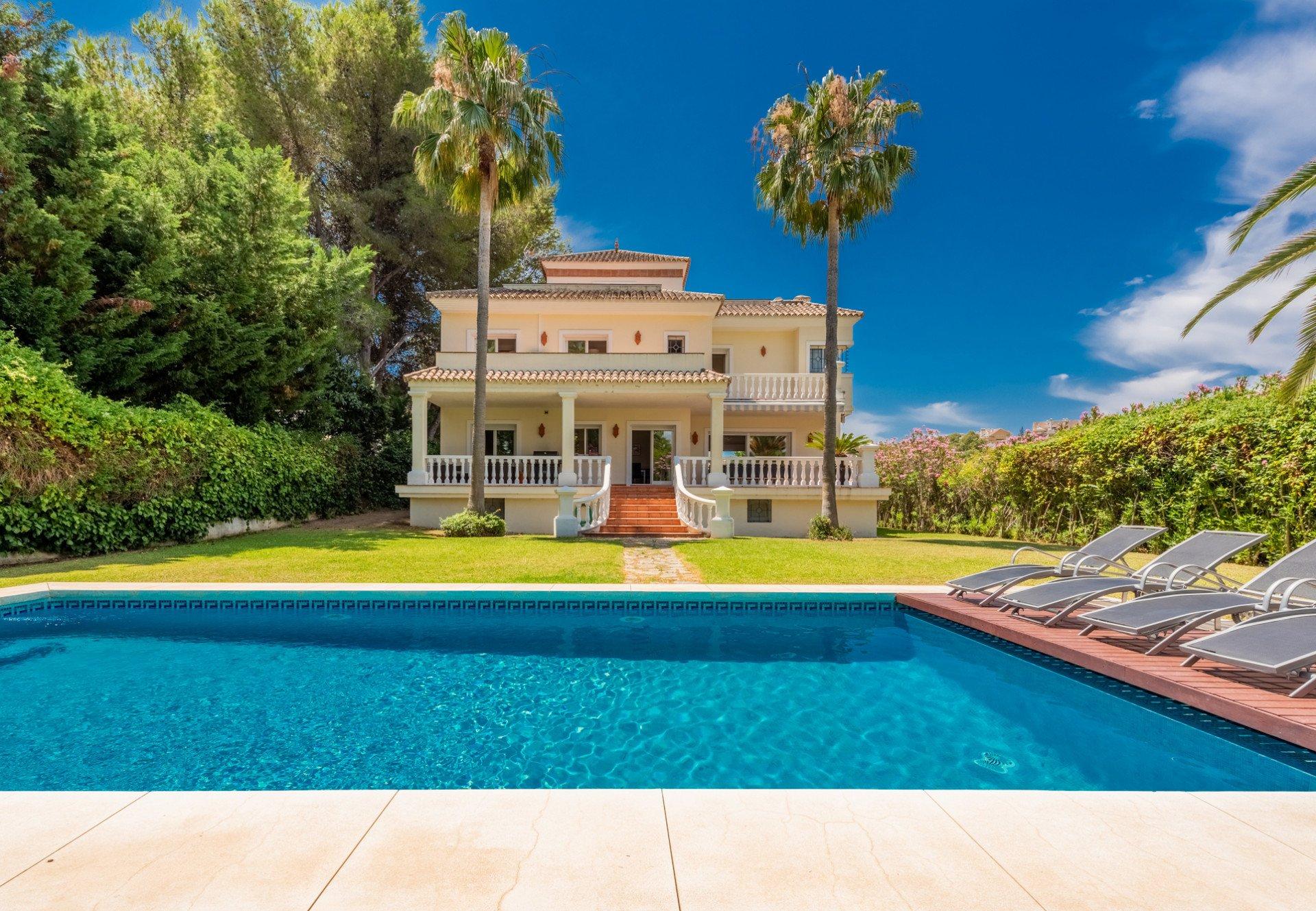 Villa in Marbella, Andalusia, Spain 1 - 10566066