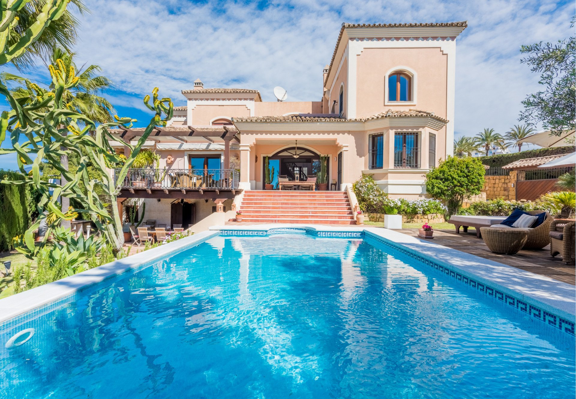 Villa in Marbella, Andalusia, Spain 1 - 10566244