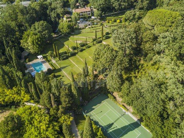 Villa in Auribeau-sur-Siagne, Provence-Alpes-Côte d'Azur, France 1