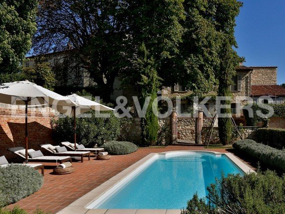 Country House in Cella Monte, Piedmont, Italy 1