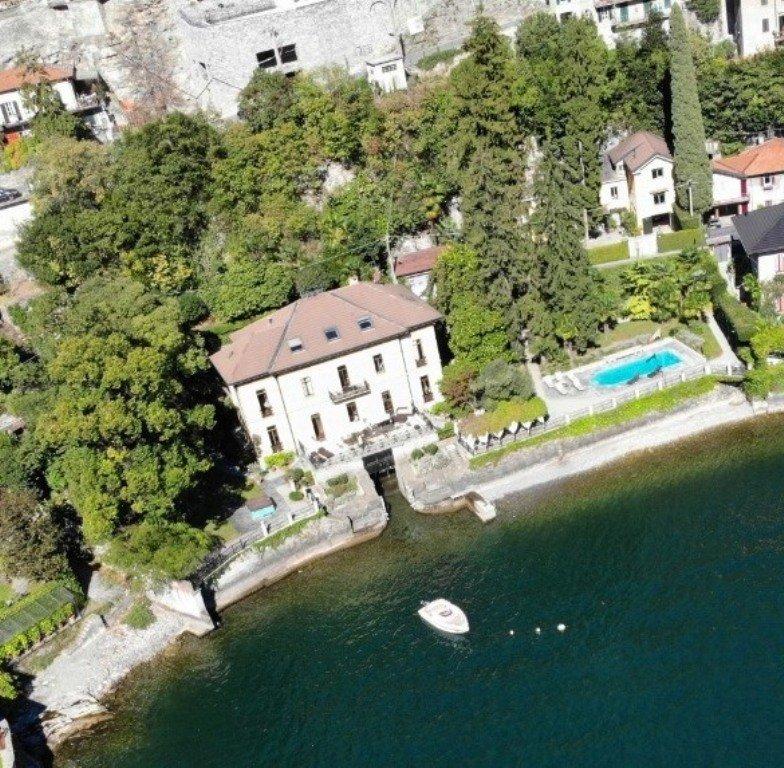 Villa in Moltrasio, Lombardy, Italy 1