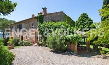 Country House in Casole d'Elsa, Tuscany, Italy