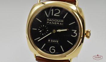 Panerai Radiomir 8 Days Rose Gold