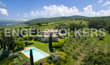 Country House in Castiglione d'Orcia, Tuscany, Italy