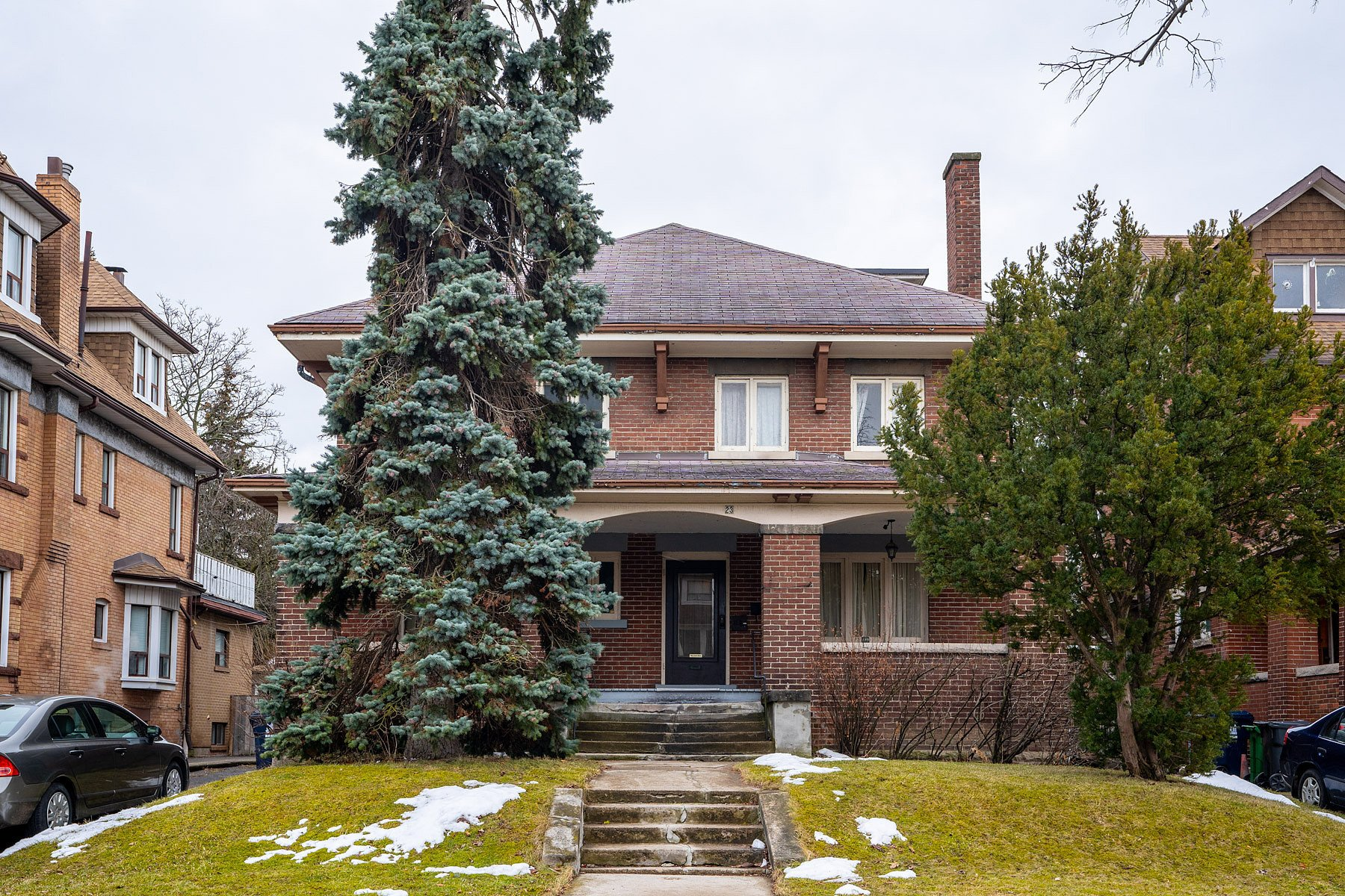 House in East York, Ontario, Canada 1