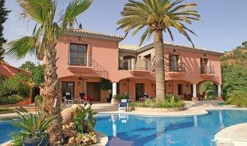 Villa in Benahavis, Andalusia, Spain