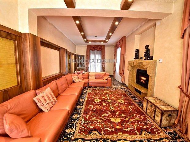 Villa in Vaprio d'Adda, Lombardy, Italy 1