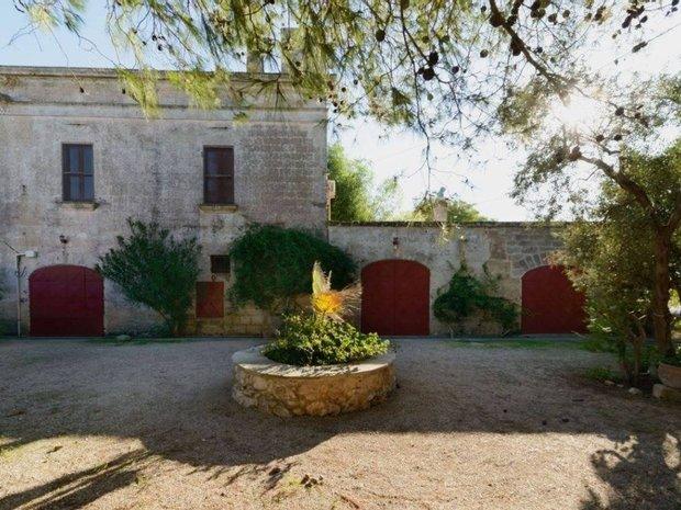 House in Mesagne, Apulia, Italy 1