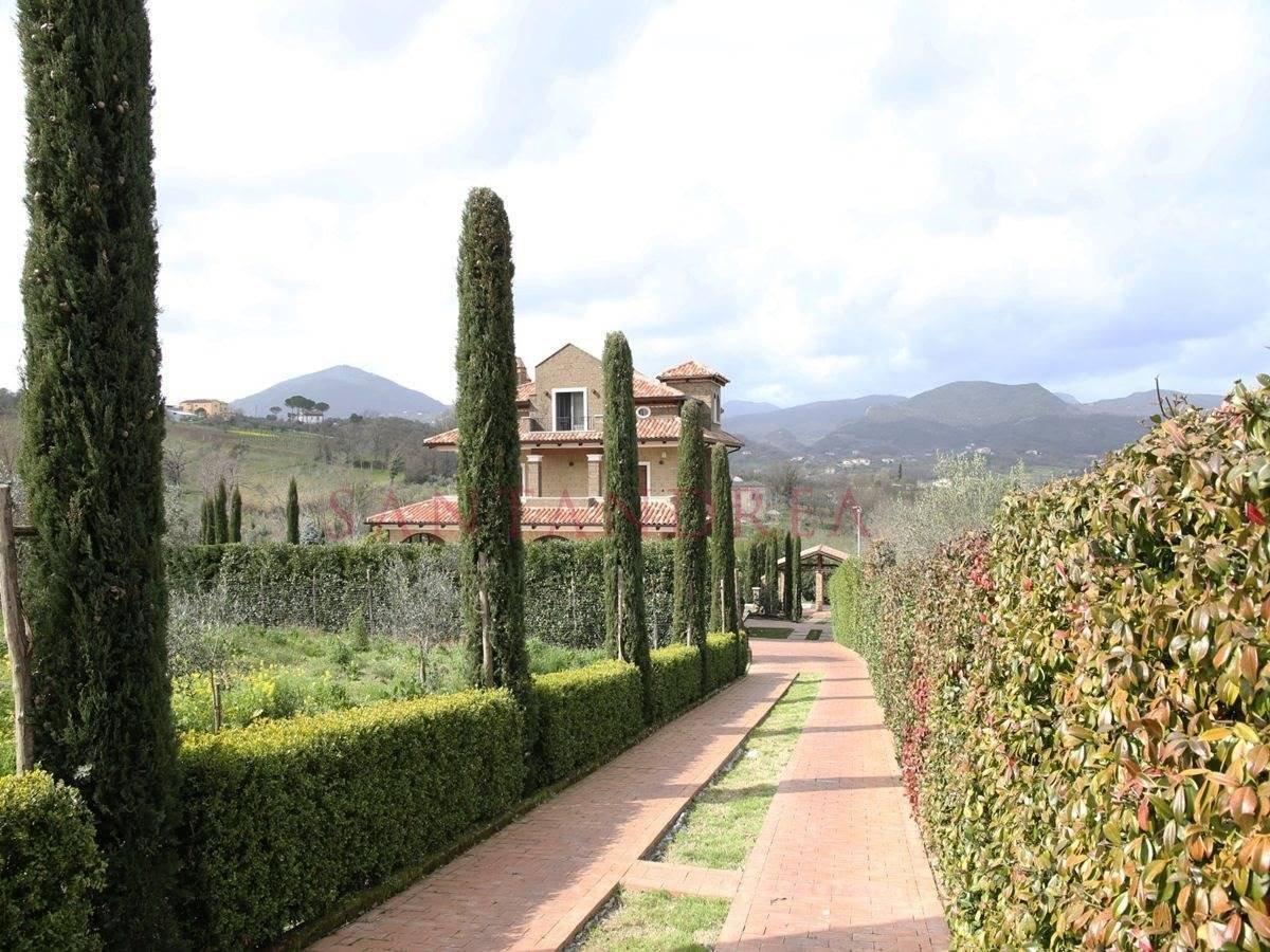 Villa in Caiazzo, Campania, Italy 1