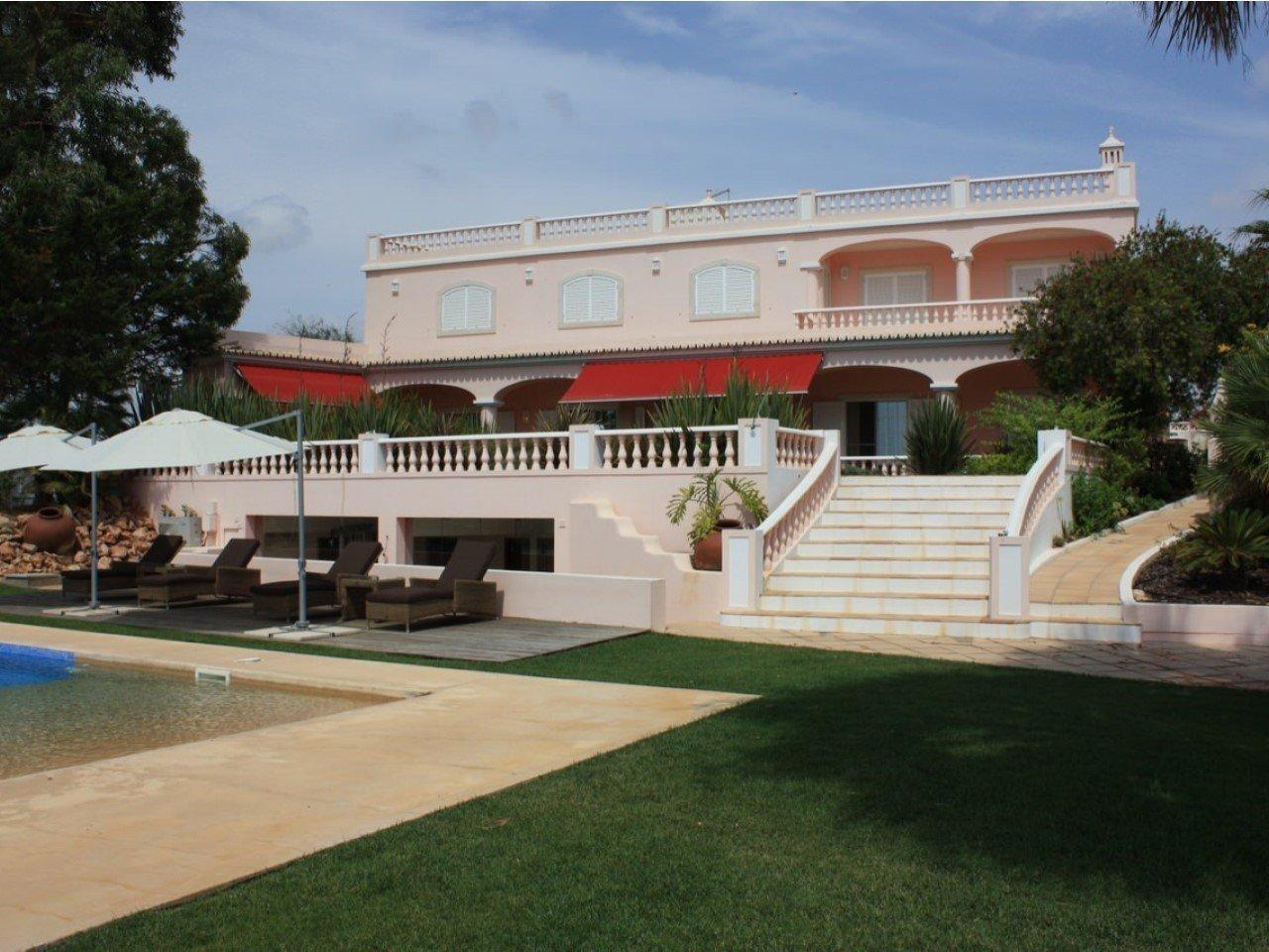 Estate in Algarve, Portugal 1