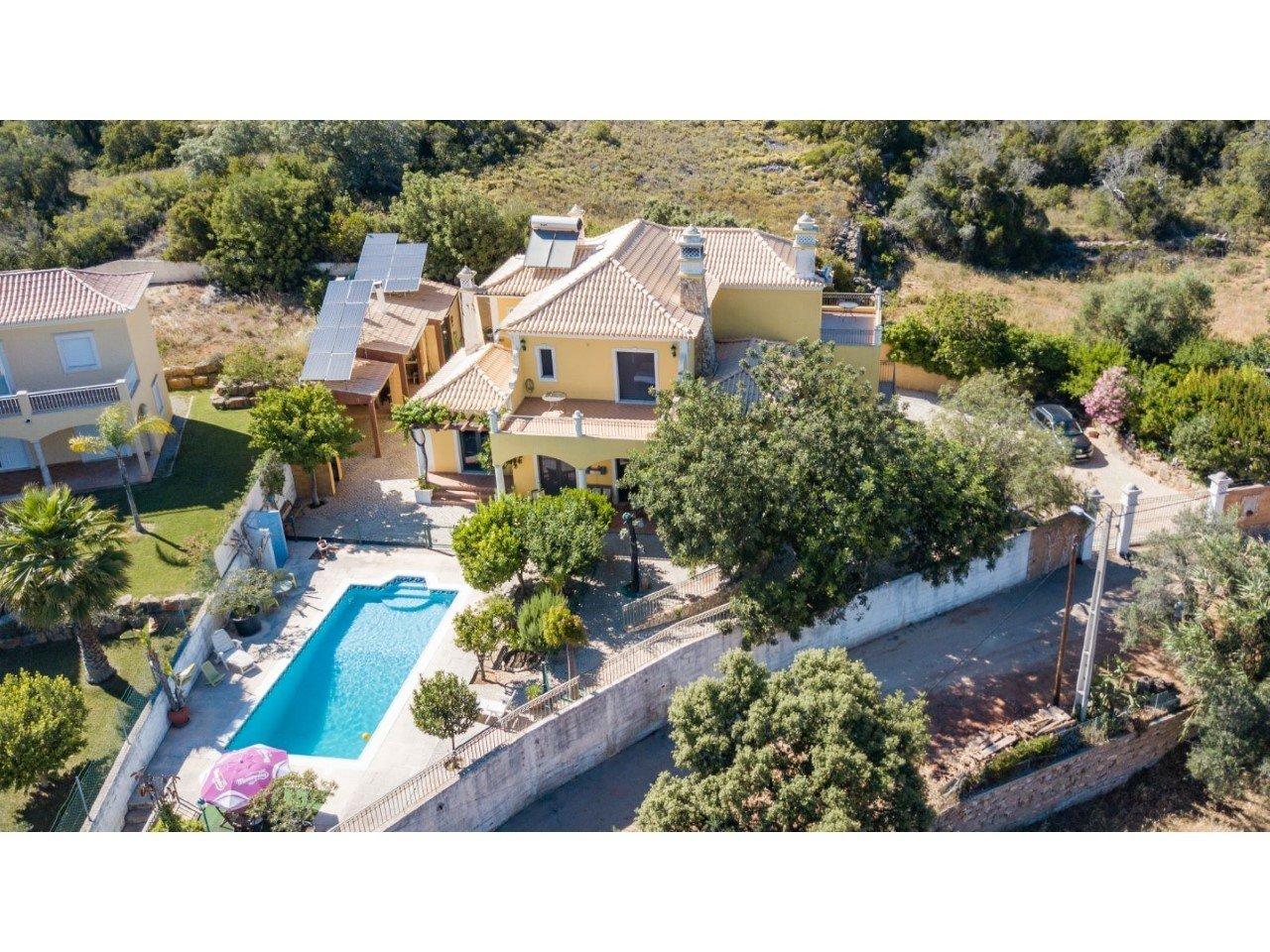 Villa in Loulé, Algarve, Portugal 1 - 10976137