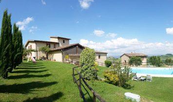 Country House in San Gimignano, Tuscany, Italy 1