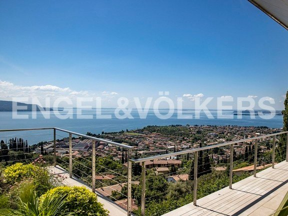 Villa in Lombardy, Italy 1 - 10982320