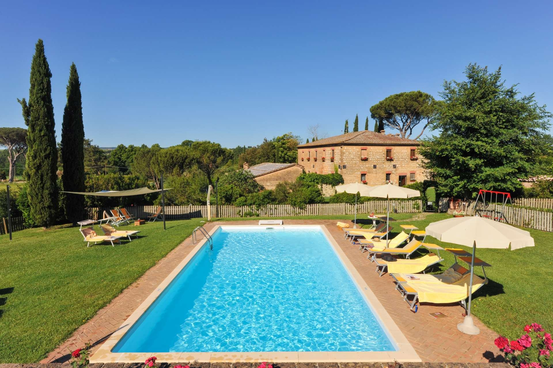Country House in Siena, Tuscany, Italy 1 - 10987351