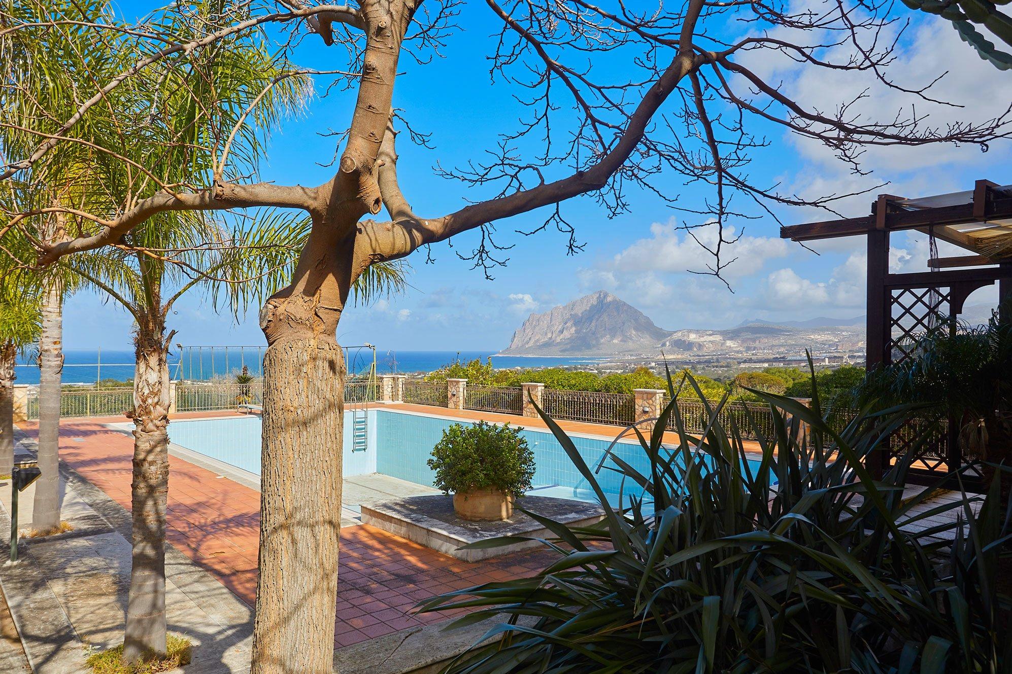 Villa in Sant'Andrea Bonagia, Sicilia, Italy 1