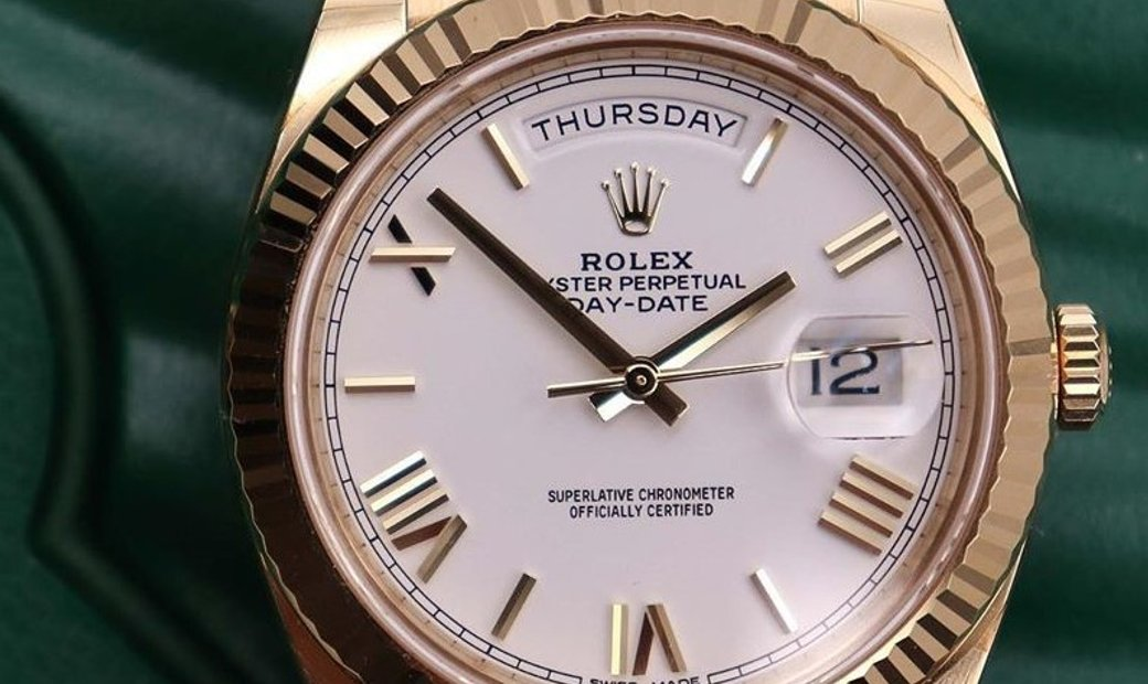 Rolex Day-Date 40 228238-0042 18 Ct Yellow Gold White Dial