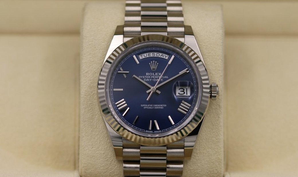 Rolex Day-Date 40 228239-0007 White Gold Blue Dial