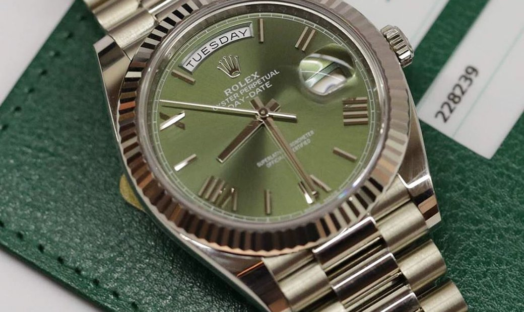 Rolex Day-Date 40 228239-0033 18 Ct White Gold Olive Green Dial