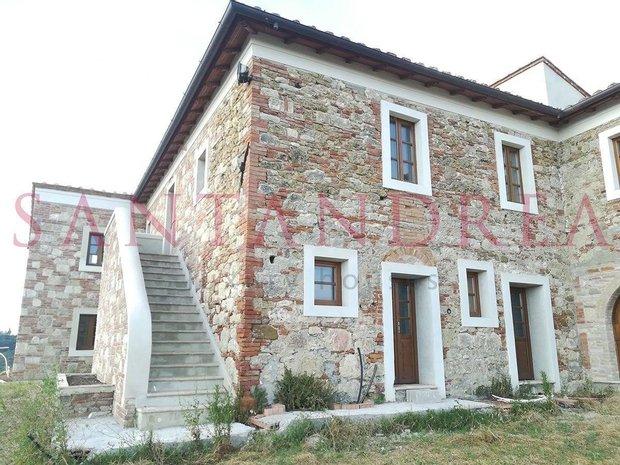 Villa in Asciano, Tuscany, Italy 1