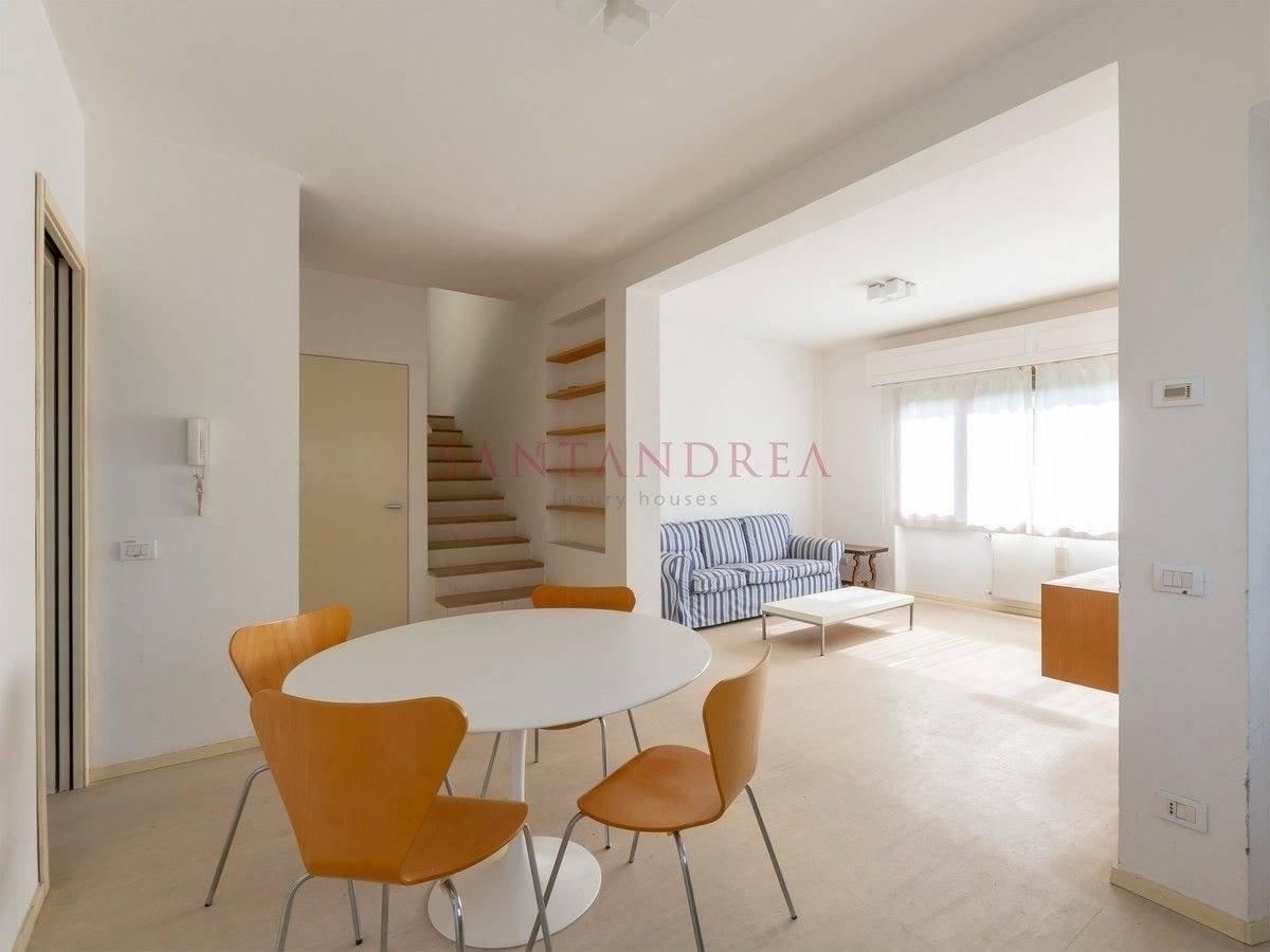 Villa in Pietrasanta, Tuscany, Italy 1