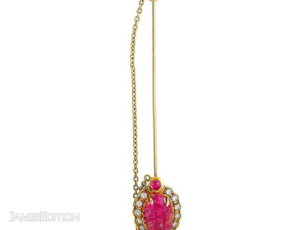 Queen Queen 18K Yellow Gold 0.30 ct Diamond and Ruby Brooch (10992081)