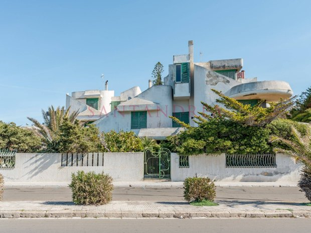 Villa in Gallipoli, Apulia, Italy 1