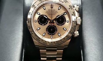 Rolex Daytona Cosmograph 116505-0009 18 ct Everose Gold Black and Pink Dial