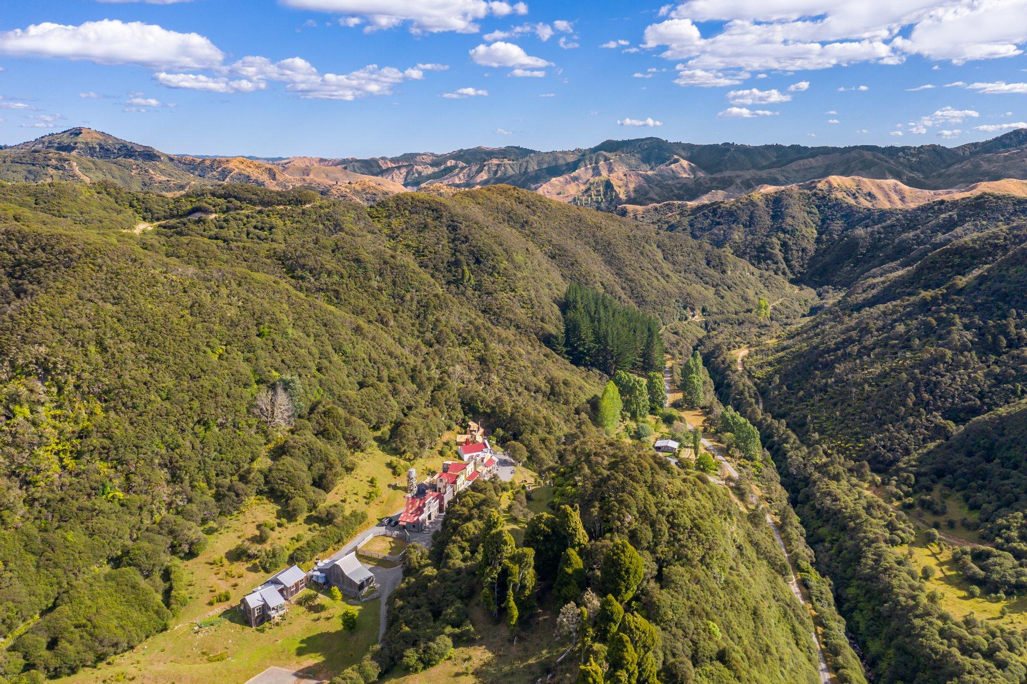 Farm Ranch in Ruatiti, Manawatu-Wanganui, New Zealand 1