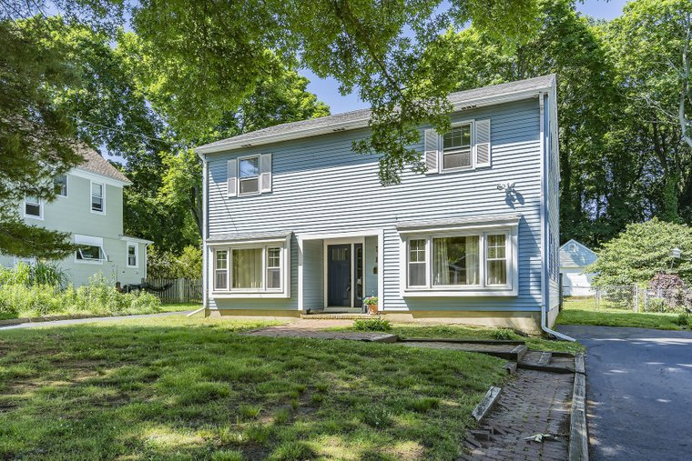 Red Bank In Red Bank Nj United States For Sale 10996352