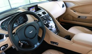 2015 Aston Martin Vanquish rwd