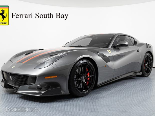 2017 Ferrari F12tdf (10931399)
