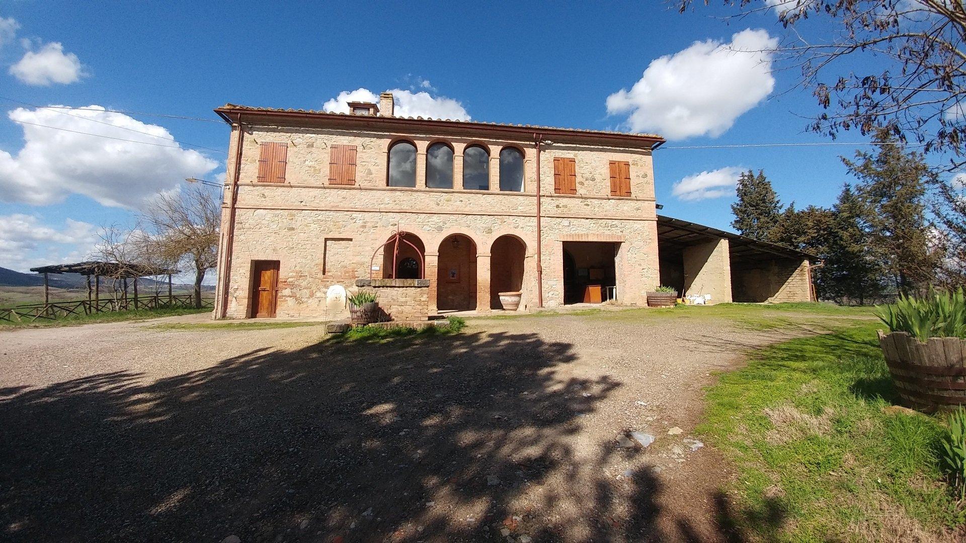 Country House in Buonconvento, Tuscany, Italy 1