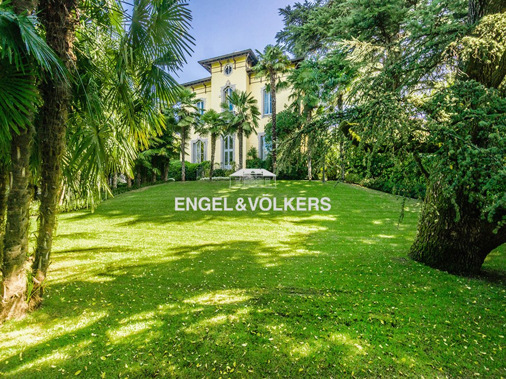 Villa in Merate, Lombardy, Italy 1