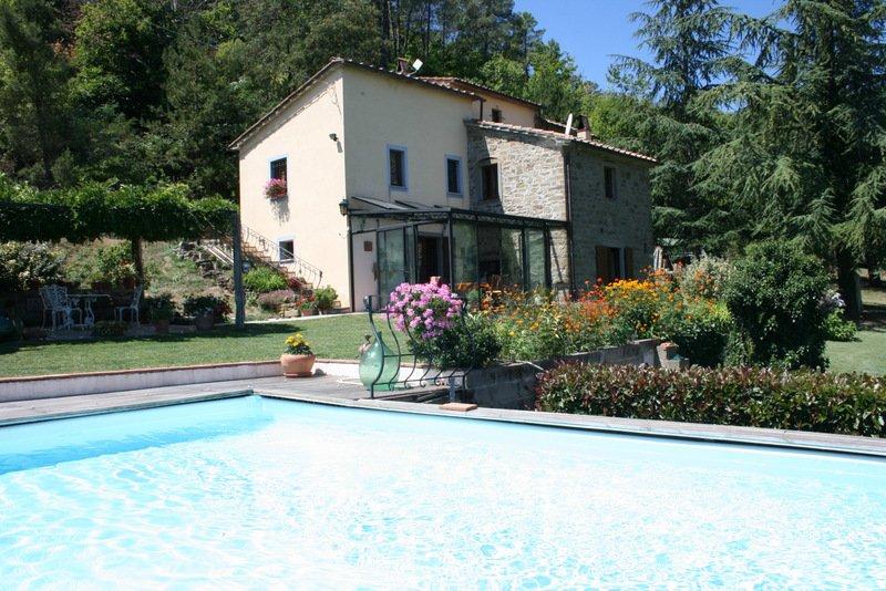 Country House in Rassina, Tuscany, Italy 1