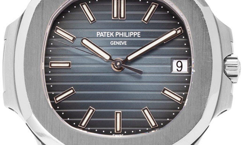 Patek Philippe Nautilus 5711/1A, Baton, 2012, Very Good, Case material Steel, Bracelet