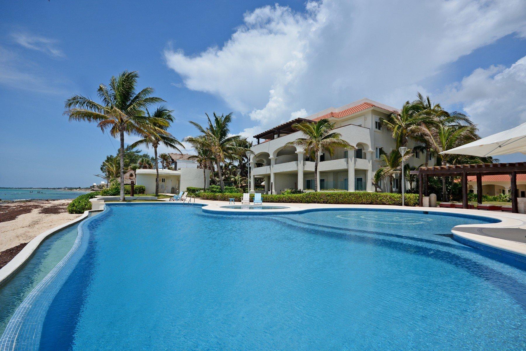 Apartment in Playa Paraiso, Quintana Roo, Mexico 1