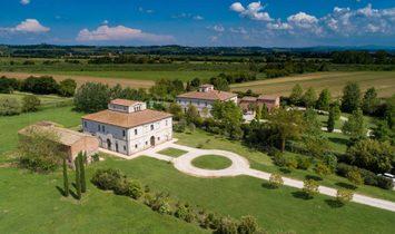 Villa in Ponte di Ferro, Toscana, Italy