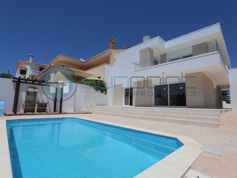 House in Luz, Algarve, Portugal 1